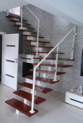 phoca_thumb_l_stal-tech schody 6
